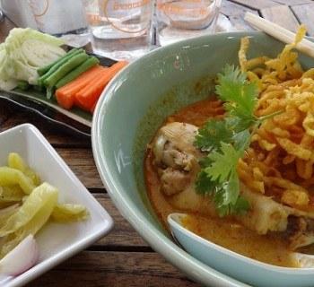 Khao Soi - Chiang Mai's Curry Noodles