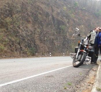 road between Khun Yuam and Mae Hong Son