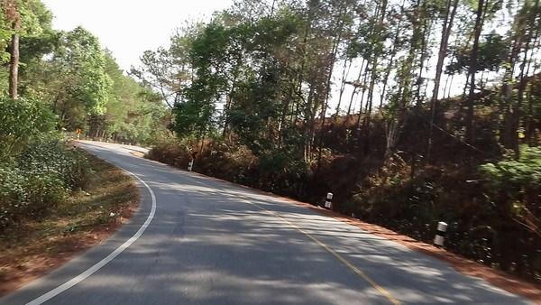 pai chiang mai road 2