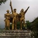 Vieng Xai - Monument