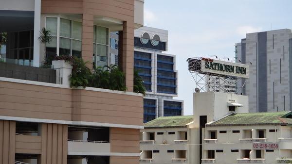 The Bangkok Robot Building