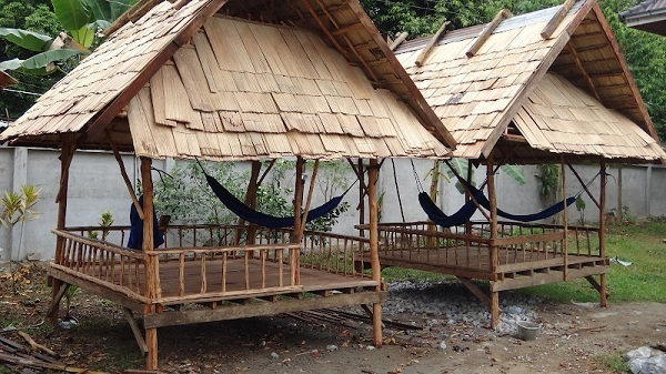 Phongsavanh Guesthouse - Covered Hammocks