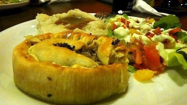 Australian Made Pie, Mash and Gravy in Taipei, Taiwan