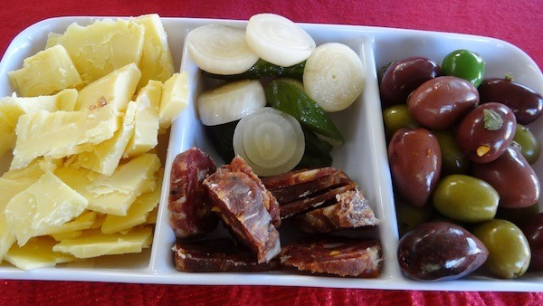 Snacks At The Parents Place In Gelorup