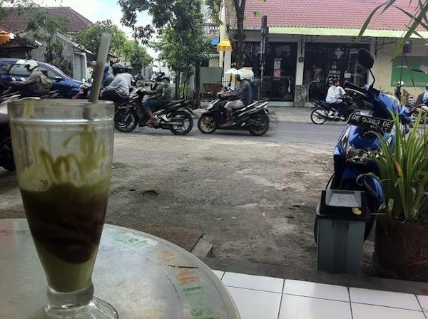 Avocado Juice On The Road Kerobokan Bali