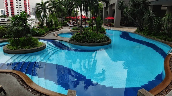 Amari Watergate Bangkok Outdoor Pool Area