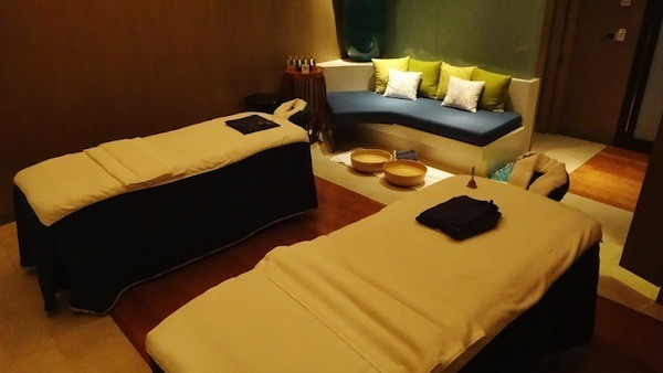 Couples Room At Breeze Day Spa At The Amari Watergate In Bangkok