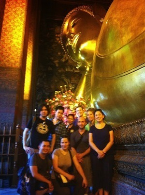Travel Bloggers From Around The World At The Recling Buddha At Wat Pho In Bangkok
