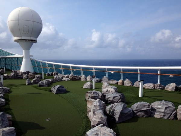 mini golf Explorer of the Seas
